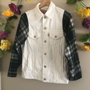 Levi's White/ Plaid Jean Jacket - Made in Mexico